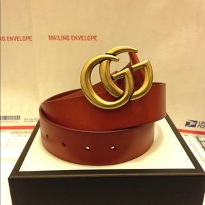 Gucci cuir leather double g buckle belt